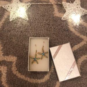 Star fish earrings!!